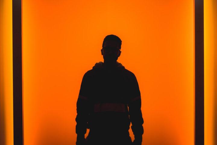 Медведева Н.И. Индивидуально-психологические особенности личности в юношеском возрасте, ведущие к уходу в игровую реальность
