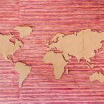 Татарко А.Н., Миронова А.А., Макласова Е.В. Индивидуальные ценности и активность использования интернета: сопоставление России и Европейских стран