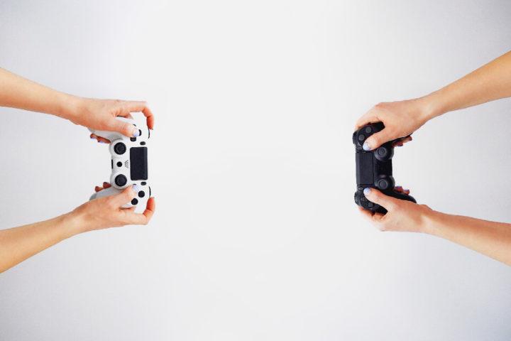 Мамонова Е.Б., Новикова Е.С. Личностные особенности взрослых людей, увлеченных компьютерными играми