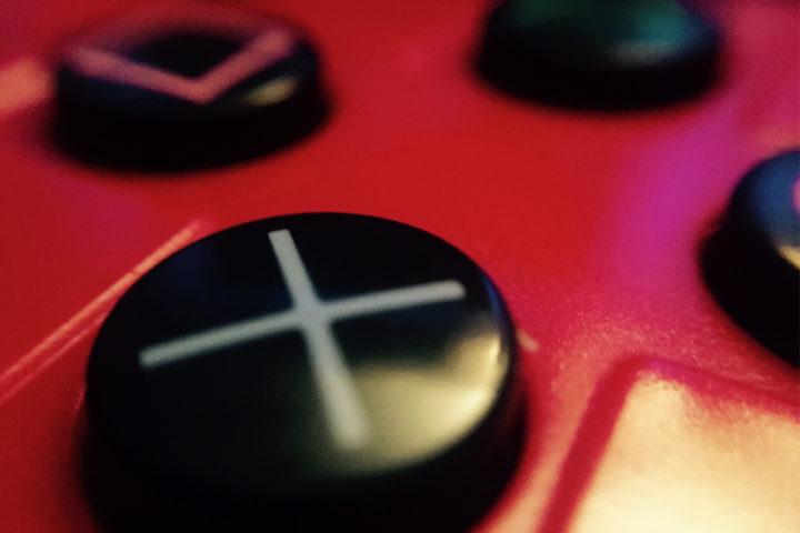 Малахаева С. К. Мотивация и склонность к риску у игроков в массовые многопользовательские ролевые онлайн-игры