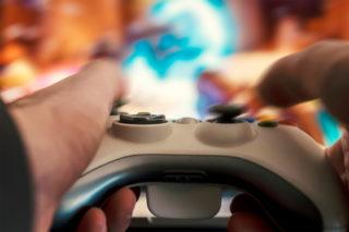 Петровская Н.М.И. Психологические особенности Я-образа интернет-пользователей, играющих в ролевые компьютерные онлайн-игры